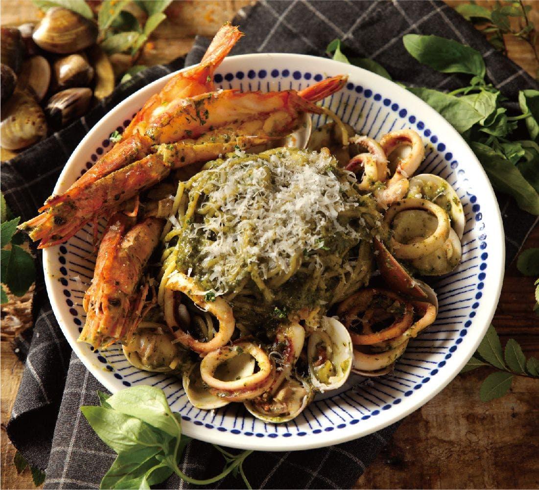 羅勒青醬海鮮義大利麵