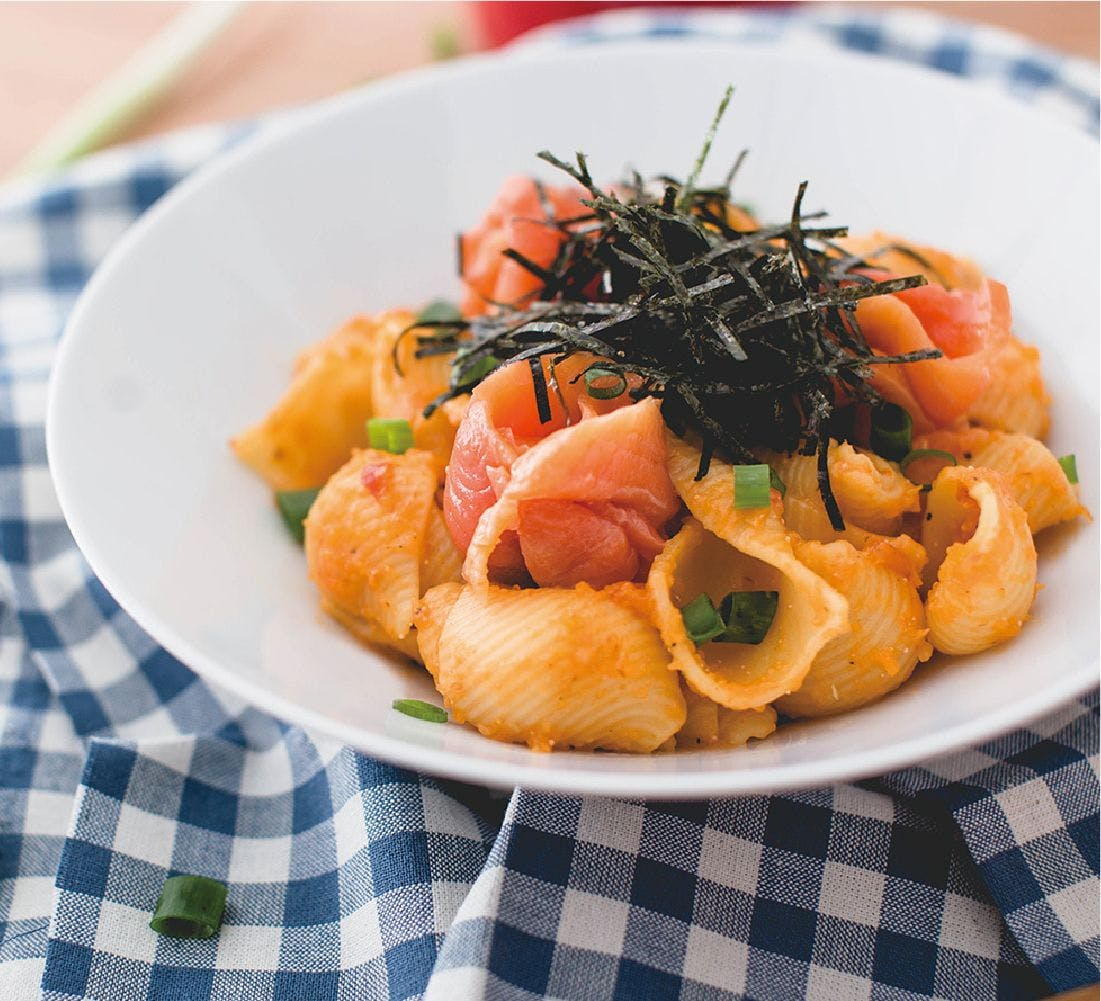 煙燻鮭魚明太子海膽麵